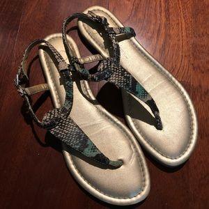 Jessica Simpson snakeskin sandals size6
